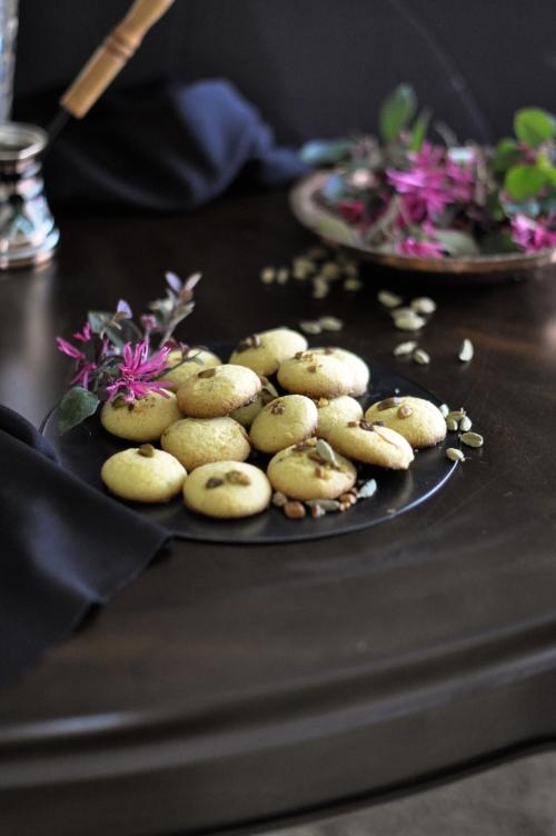 Cardamom-Saffron-Tea-Cookies